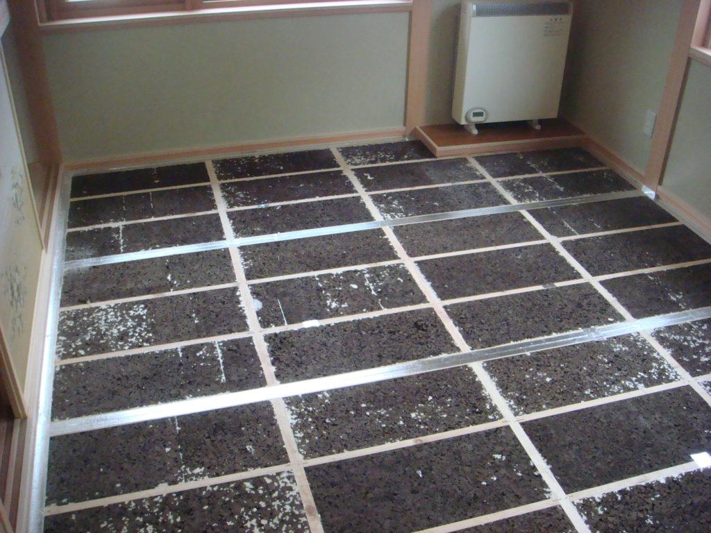 暖かい床パネル