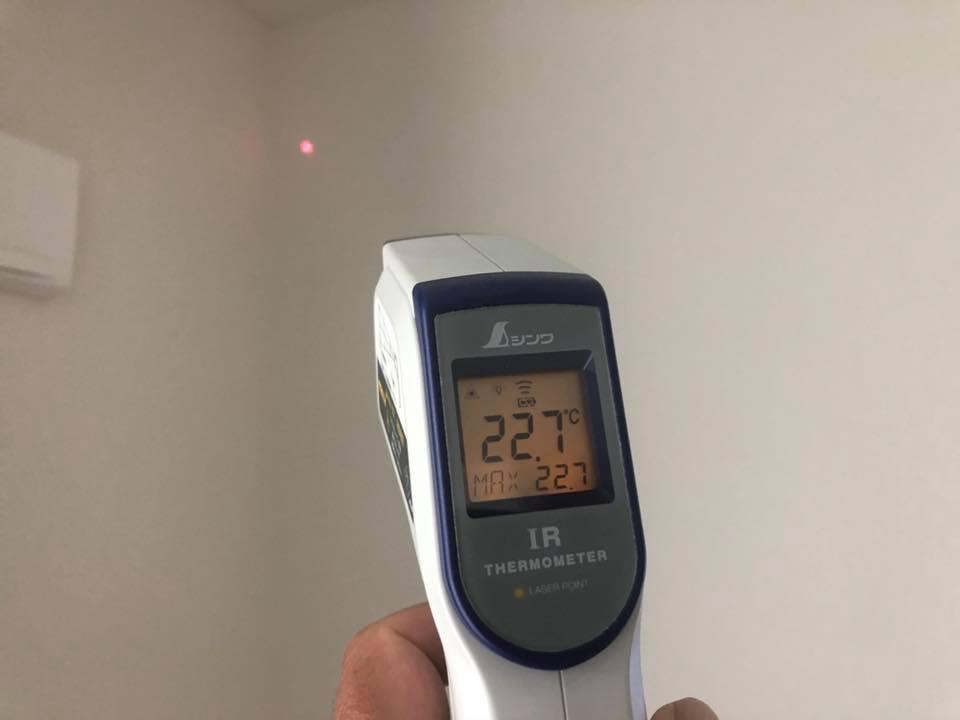 壁表面温度